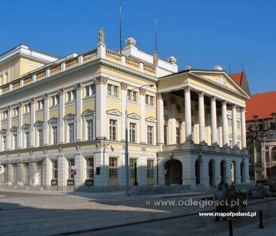 Opera House In Wroclaw Photo 371 799
