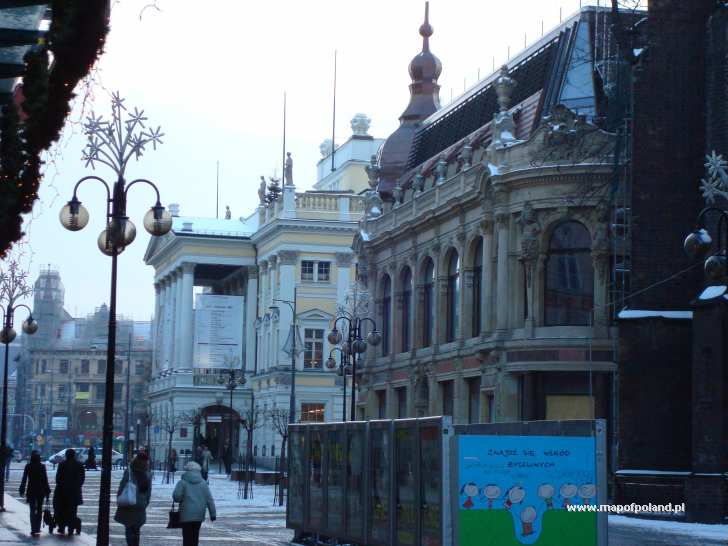 Opera House In Wroclaw Photo 375 813